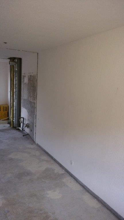 Préparation des murs avant mise en en peinture