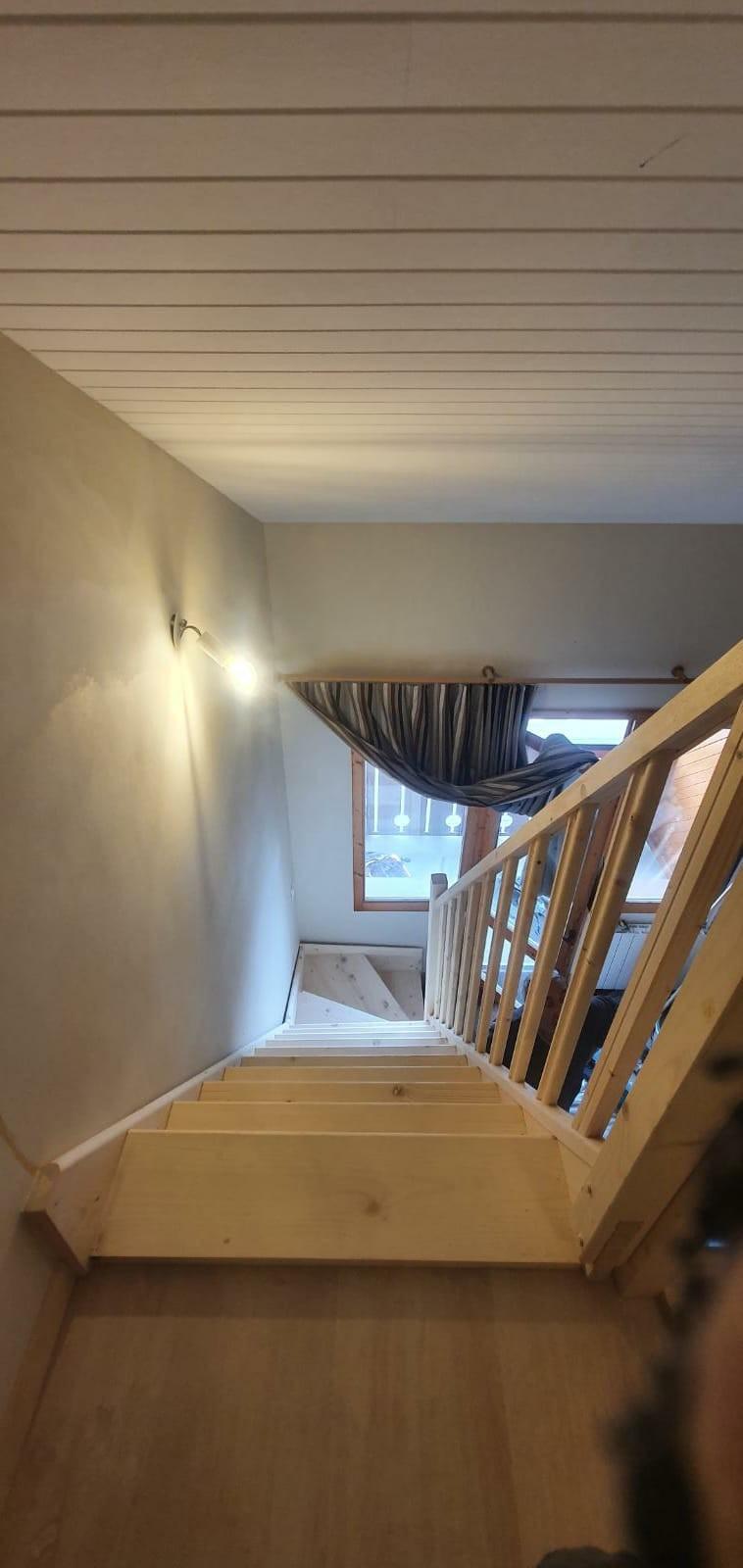 Escalier d'accès aux combles aménagées