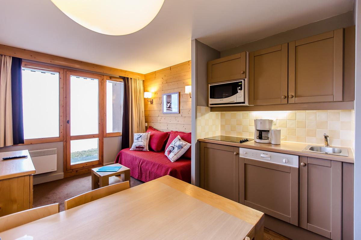 Exemple d'un appartement entièrement repeint